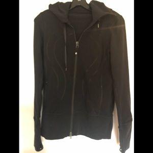 Lululemon size 6 black hooded jacked